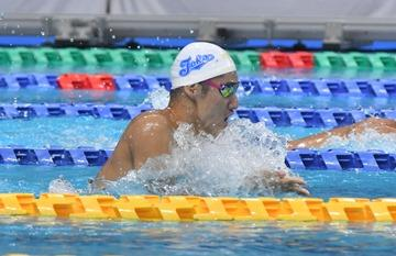 swimming19-01.jpg